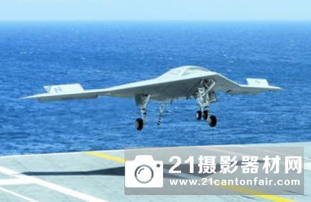 """对俄罗斯S-70""""猎人""""-B战斗无人机首飞的思考"""